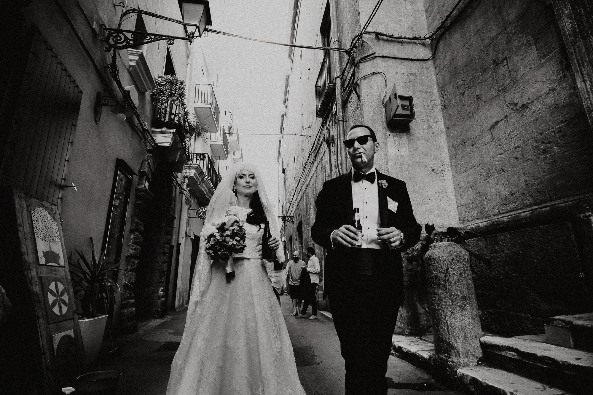 wedding-elopement-photographer-destination-puglia-boho-vintage-creative-intimate