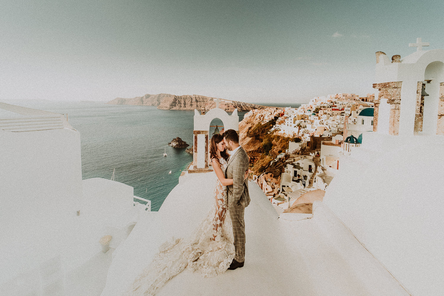 The best photographer for destination wedding in europe
