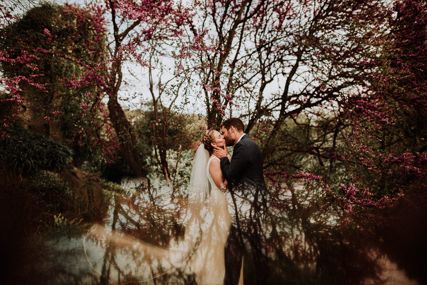 Destination artistic and emotional wedding photography in Italy